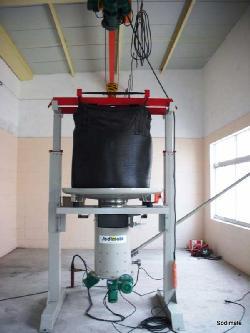 Station de vidange Big Bag et dosage de charbon actif