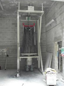 Autoload bulk bag station