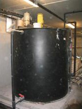 Lime milk slurry tank