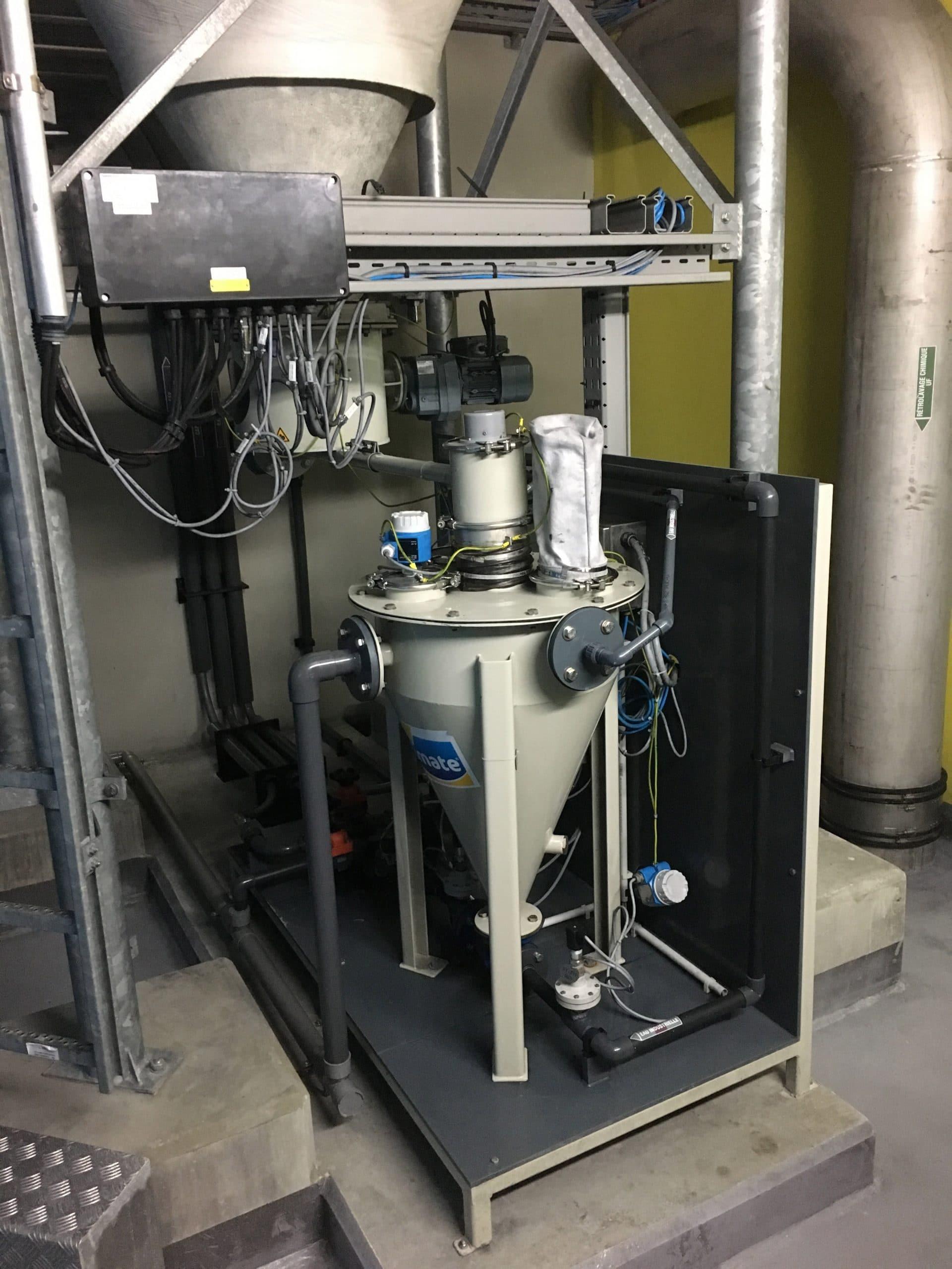 Skid hydro-éjécteur sous silo