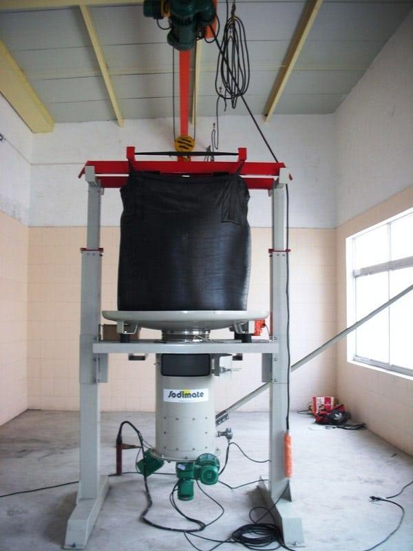 Station de vidange Big-Bag et dosage de charbon actif